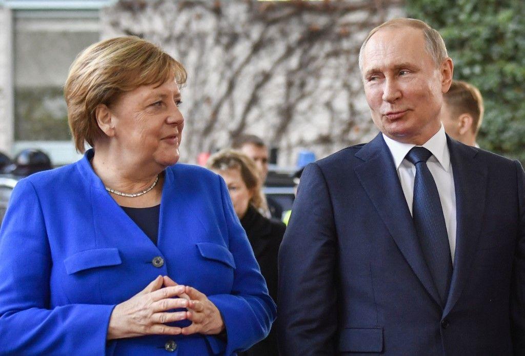 Vladimir Poutine Angela Merkel Allemagne Russie projet nordstream 2 gazoduc