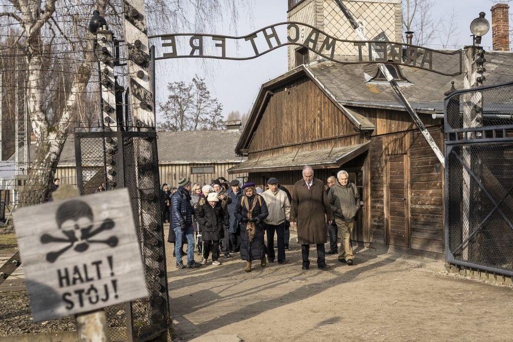Cachez cet Auschwitz que je ne saurai voir…