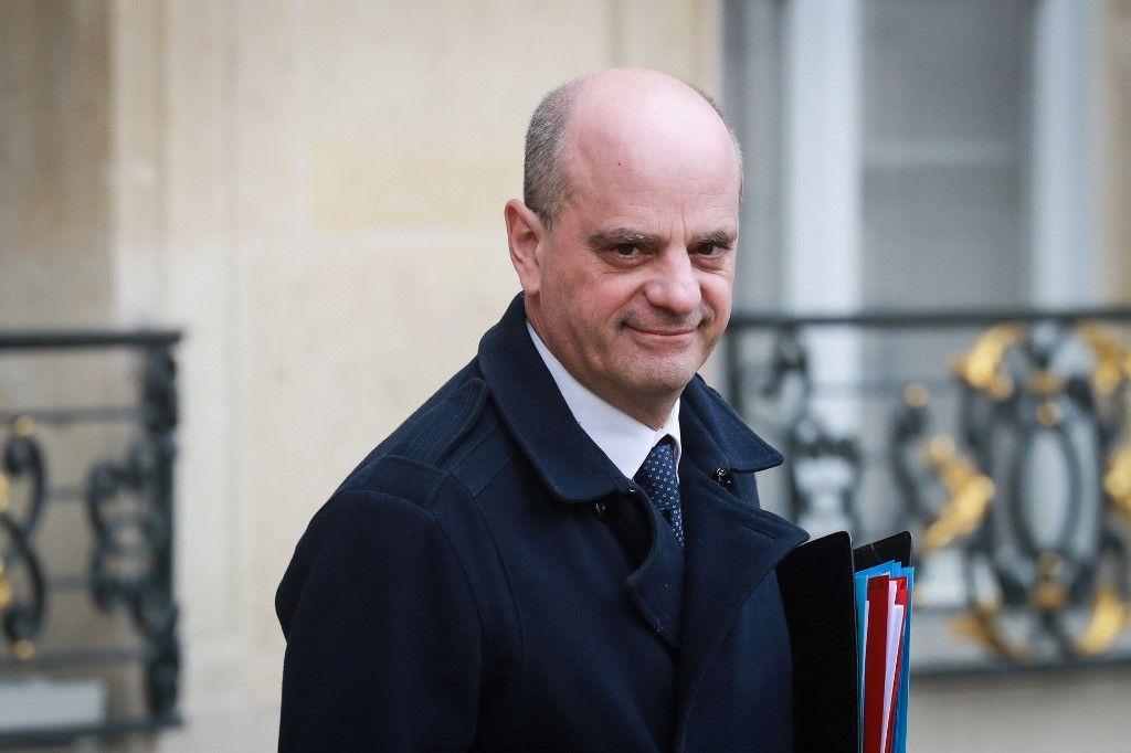 Jean-Michel Blanquer dans la tourmente après des révélations sur les dérives financières d'un syndicat étudiant pro-gouvernement