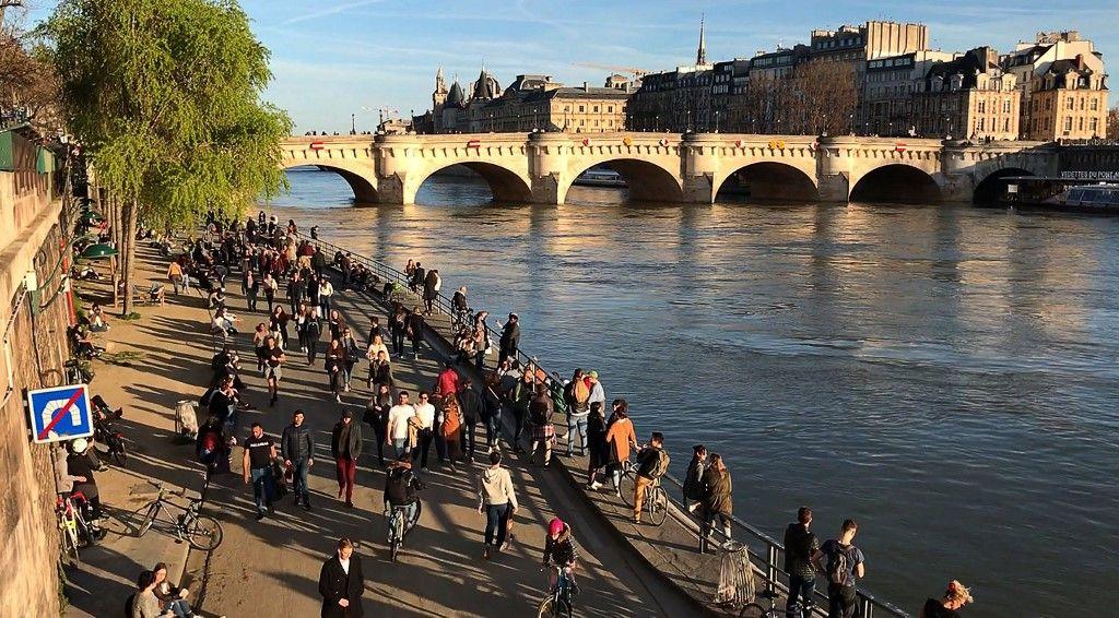 Autorité, responsabilité : le dimanche fou qu'a vécu la France