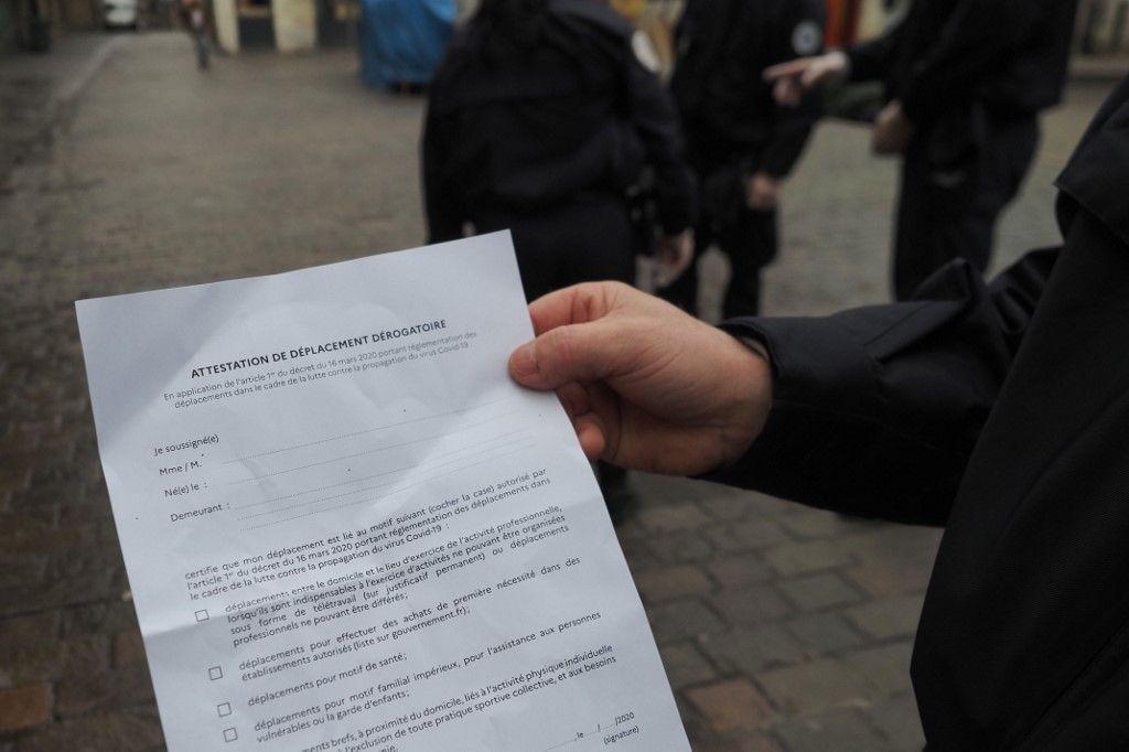 Covid-19 : téléchargez la nouvelle attestation de déplacement dérogatoire