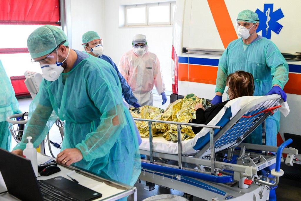 Coronavirus : et voilà ce qui se serait passé si on n'avait rien fait contre l'épidémie