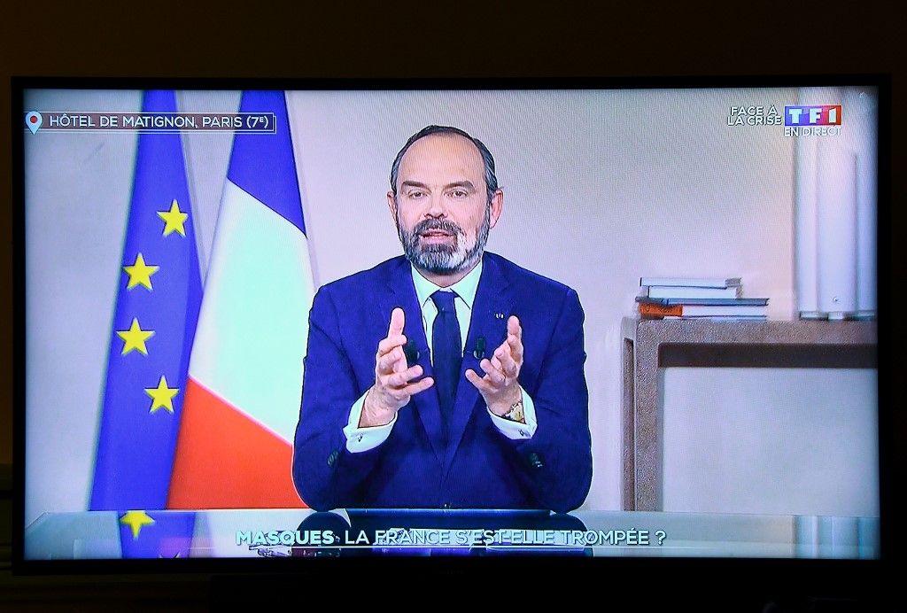 Edouard Philippe joue la carte de l'humilité (et s'avère meilleur acteur qu'Emmanuel Macron)