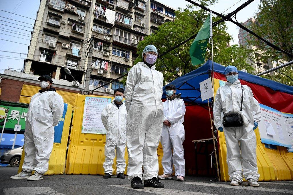 Covid-19 : après plus de deux mois de confinement, le bouclage est enfin levé dans la ville chinoise de Wuhan