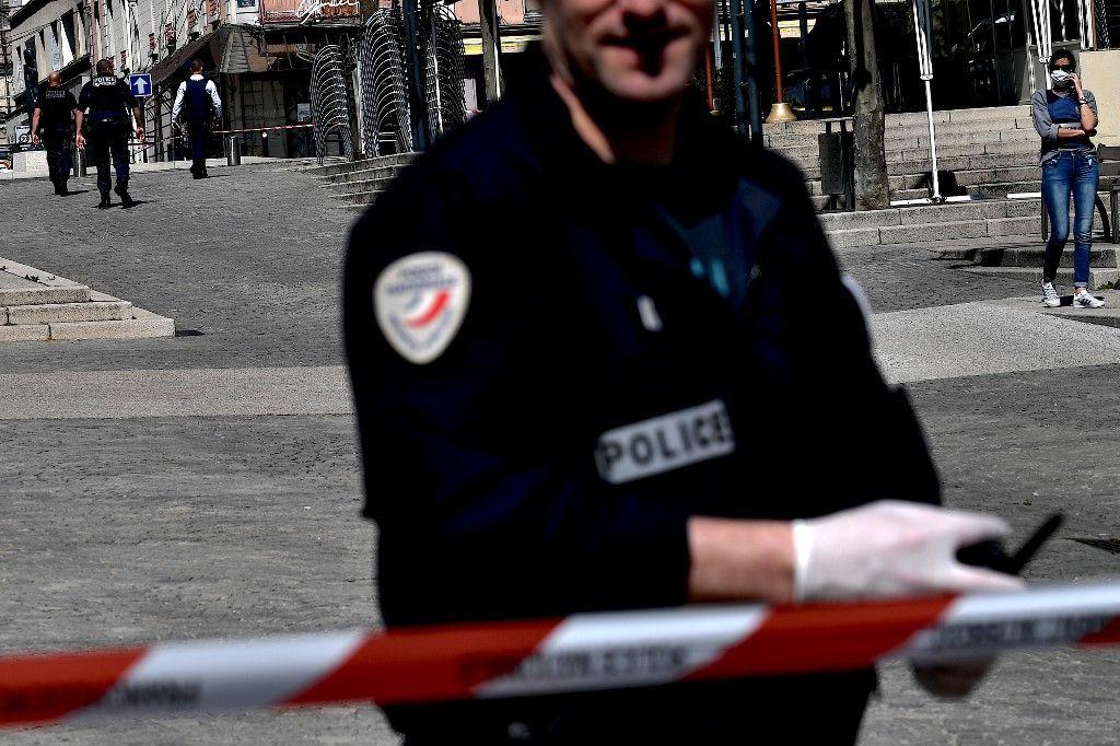 police sécurité agressions aux couteaux insécurité violence France Hexagone police secours drames faits divers
