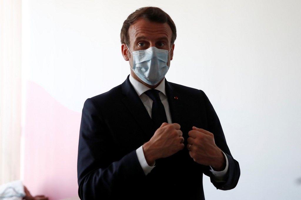 L'État et les masques. Un scandale total