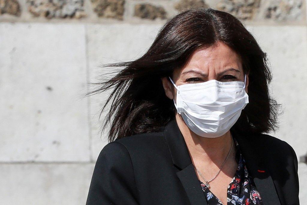 Paris : Anne Hidalgo confirme que des masques gratuits seront accessibles dans les pharmacies à partir du 7 mai