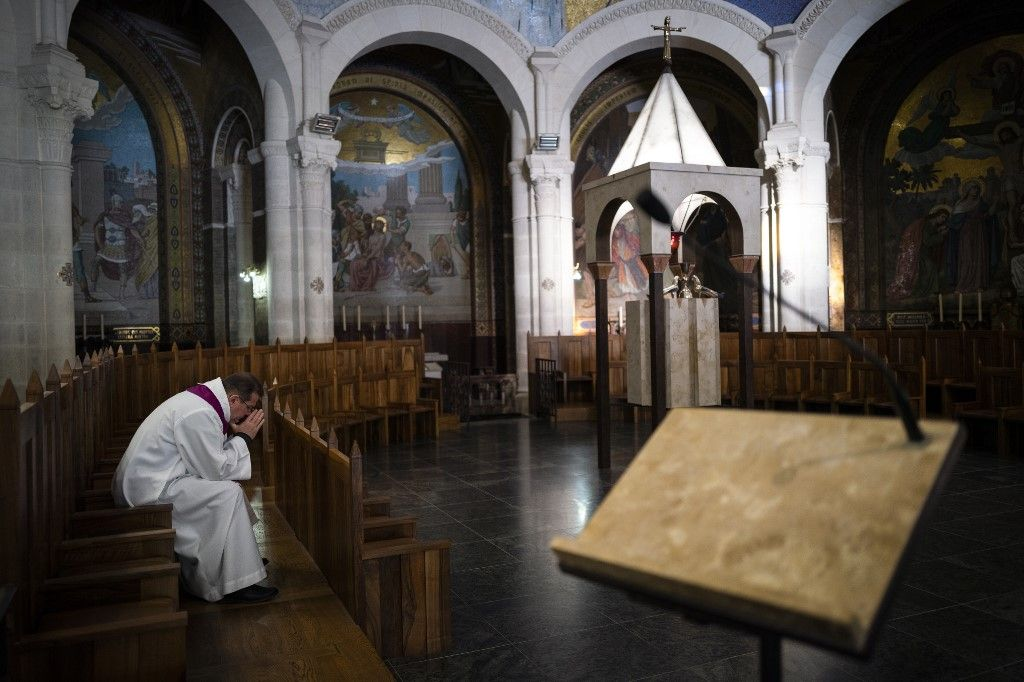 Pâques confiné : pourquoi l'absence des célébrations liturgiques pascales n'est pas une simple anecdote pour les catholiques