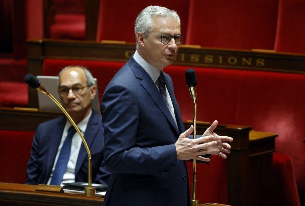 Le ministre français de l'Économie et des Finances, Bruno Le Maire, s'exprime à l'Assemblée nationale lors d'un débat dans le cadre du PLFR, le 17 avril 2020.