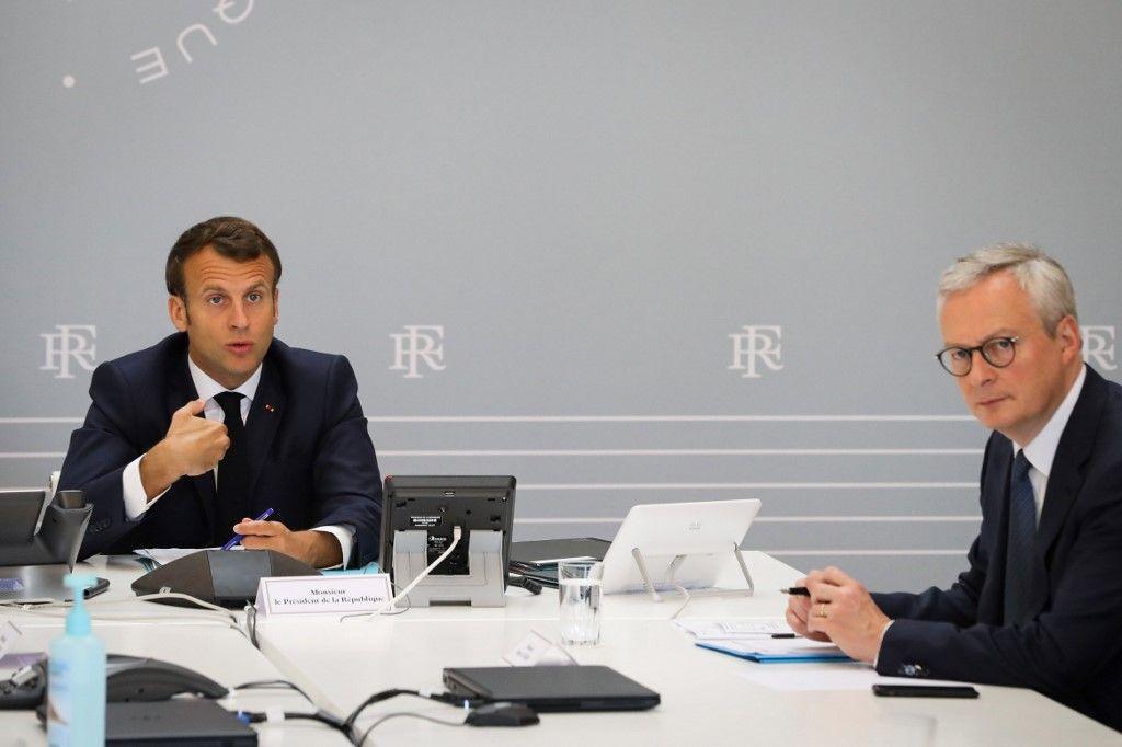 Comment croire qu'en distribuant des milliards d'euros, on va éviter la catastrophe économique et sociale ?  La France se trompe de politique économique