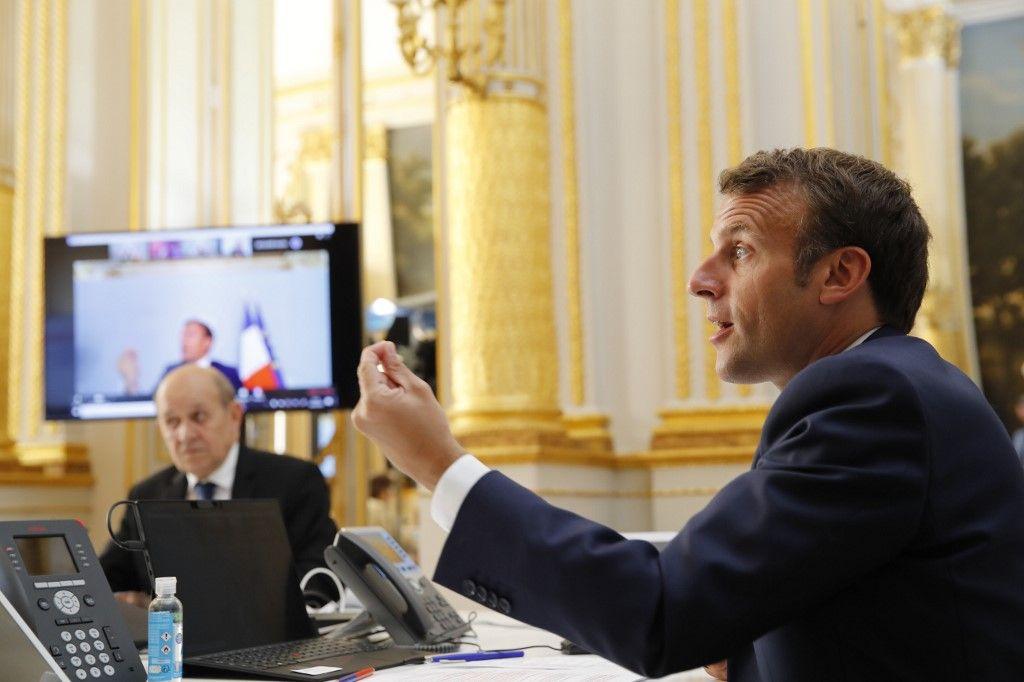 Emmanuel Macron contre les régions : les dessous d'un match (vraiment) nul