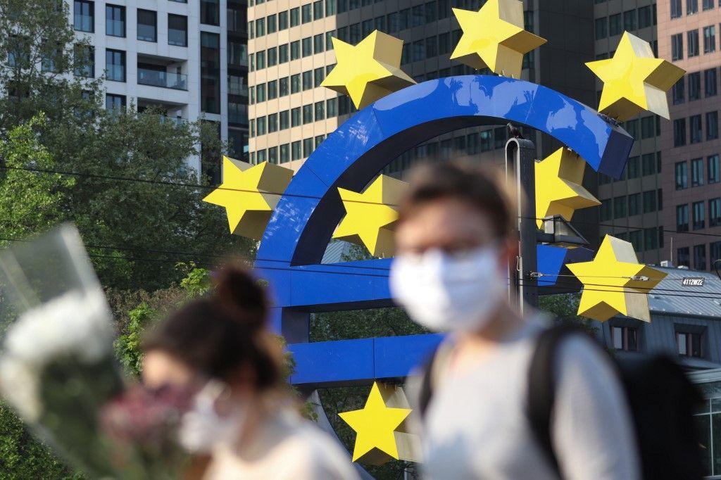 Coronavirus banque centrale européenne euro monnaie covid-19 or dollar devises marchés financiers plan de relance