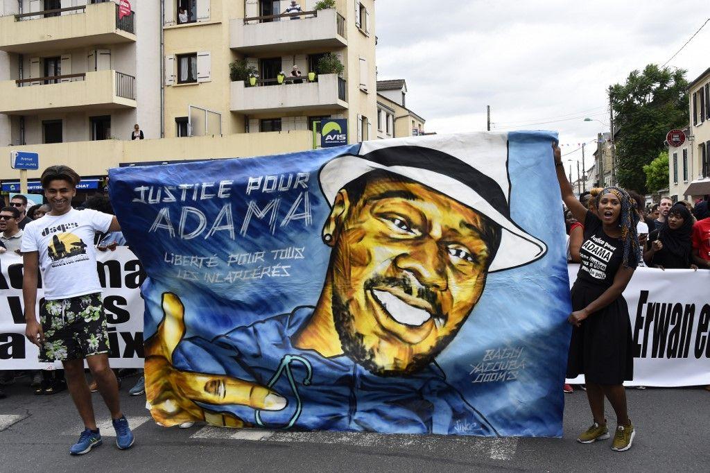"""""""#Justice pour l'homme qui a été violé par Adama Traoré"""""""