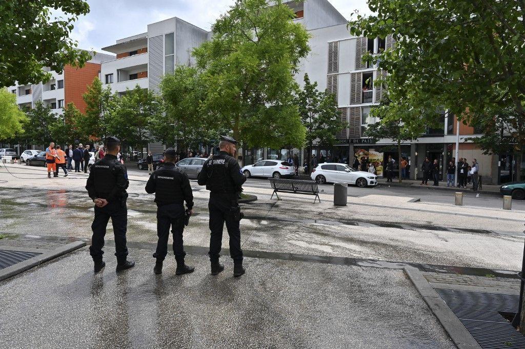 policiers quartier des Grésilles à Dijon