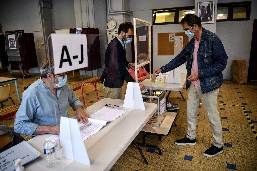 Municipales : mais que cache donc l'étonnante schizophrénie des Français entre élections locales et nationales ?