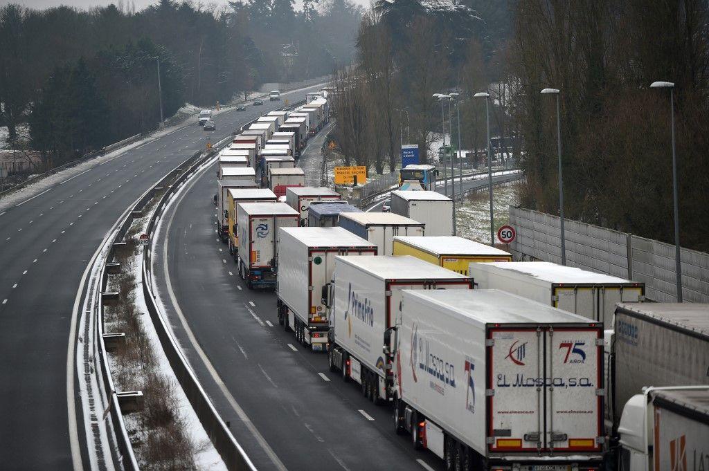 Union européenne: la réglementation sur les travailleurs routiers déchire les Européens