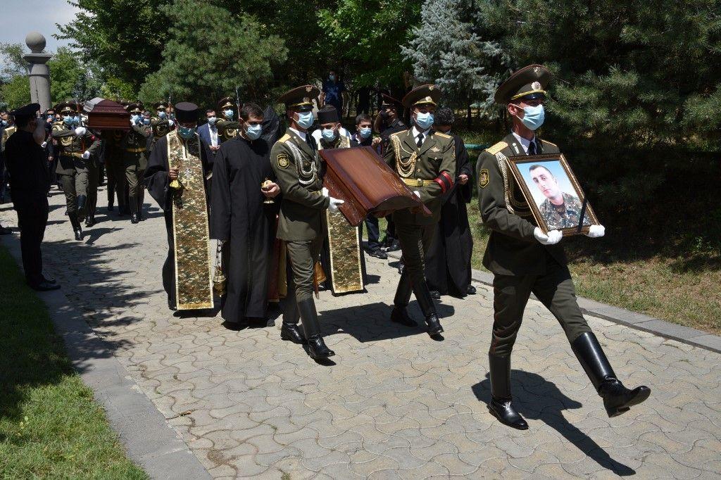 Arménie militaires morts funérailles
