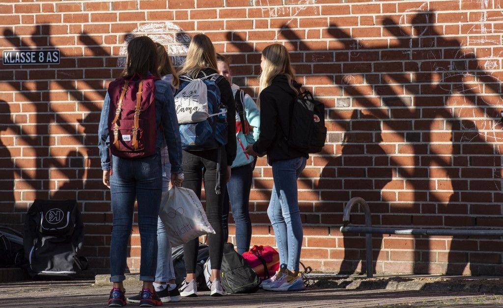Le port du masque à l'école et le nouveau protocole sanitaire sont-ils des mesures cohérentes sur le plan sanitaire ?