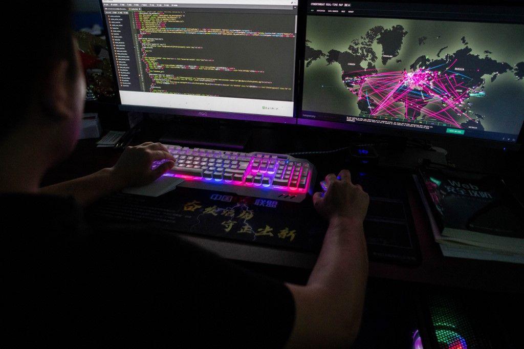 Les cyberattaques se multiplient et la cyber sécurité devient un enjeu majeur pour les entreprises et les pays du monde entier.