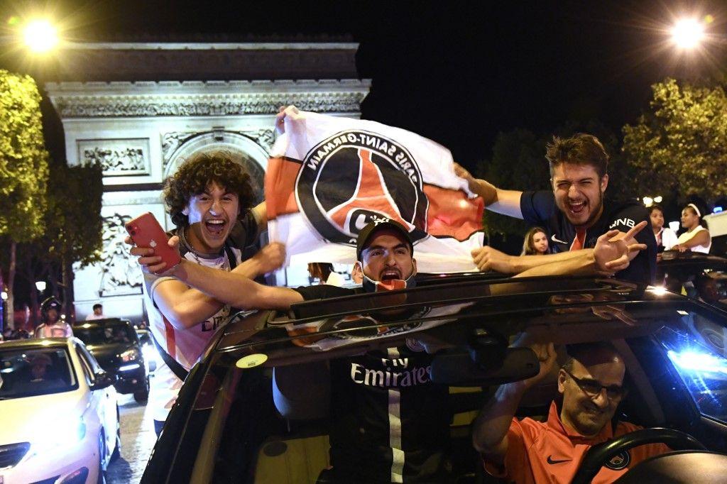 maillots PSG Marseille arrêté Paris Saint-Germain fans Champs-Elysée maillots finale de la ligue des champions