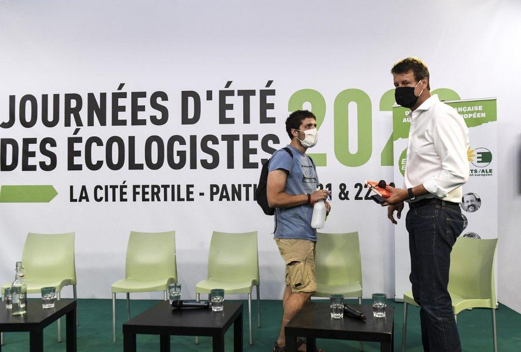Yannick Jadot EELV écologie université d'été LFI parti politique