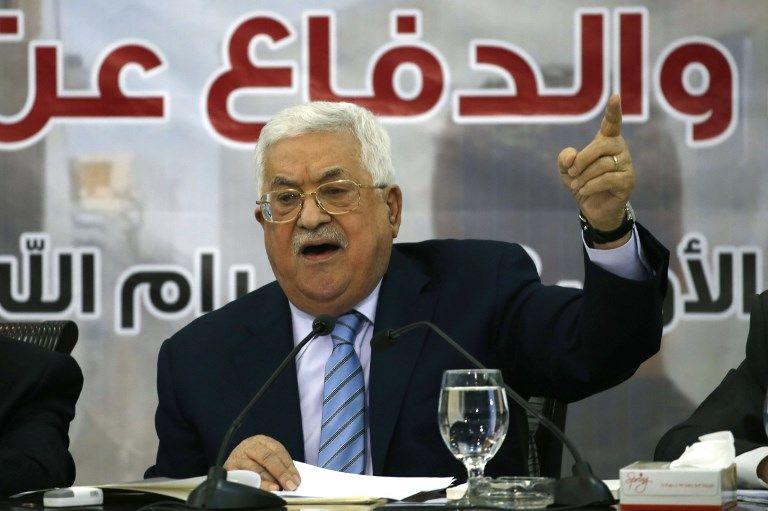 """Conflit israélo-palestinien : Mahmoud Abbas condamne l'offre de paix de Trump, qualifiée de """"claque du siècle"""""""