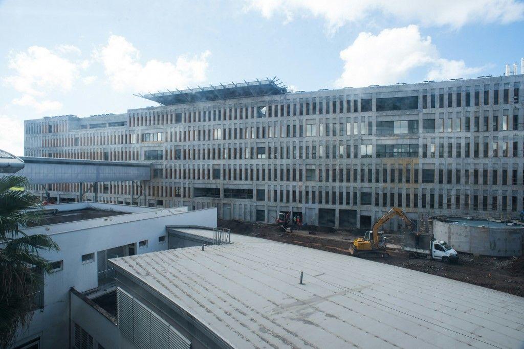 Une photo prise le 26 février 2016 d'une nouvelle partie du CHU de Meynard (Centre Hospitalier Universitaire) à Fort-de-France le 26 février 2016.
