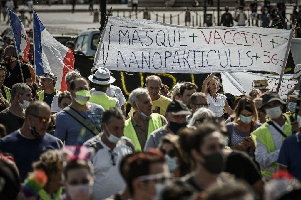 Des manifestants anti-vaccins à Bordeaux, en septembre 2020.
