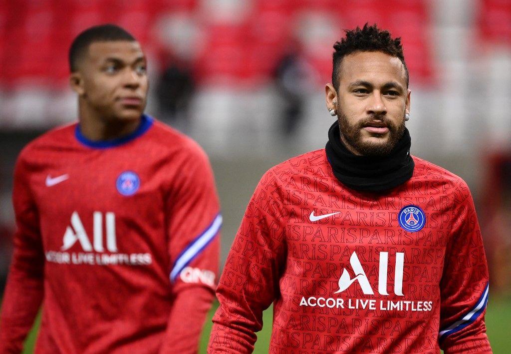 PSG football ligue fin de l'argent roi Neymar Kylian Mbappé