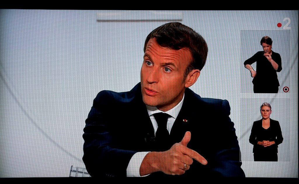 Emmanuel Macron annonces couvre-feu