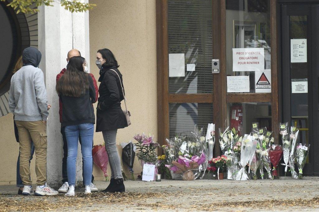 Professeur décapité : 9 personnes arrêtées, dont deux parents d'élèves
