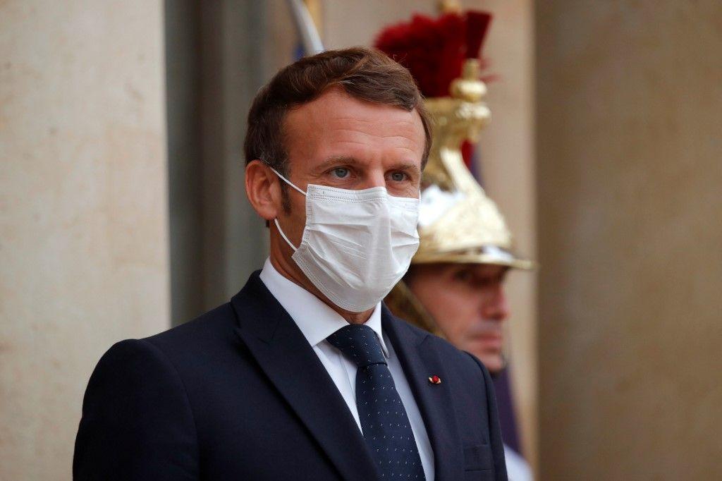 """Monsieur le président, pourriez vous - de temps en temps au moins - dire """"France"""" au lieu de """"République"""" ?"""