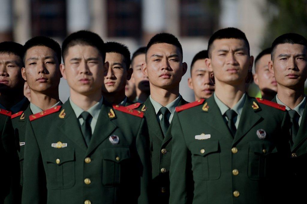 soldats Chine international féminisation des adolescents masculinité Pékin Xi Jinping