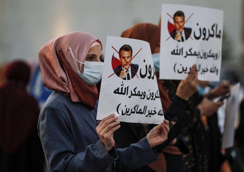 Emmanuel Macron critiqué monde musulman caricatures de Mahomet critiques boycott produits français