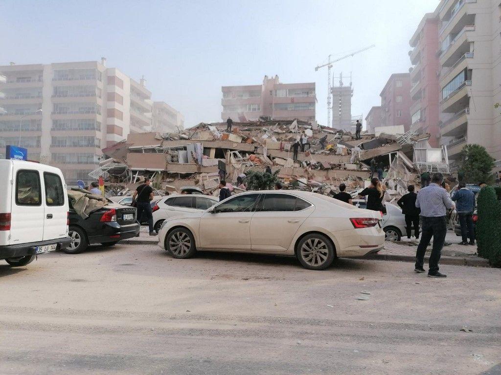Ismir tremblement de terre Turquie Grèce