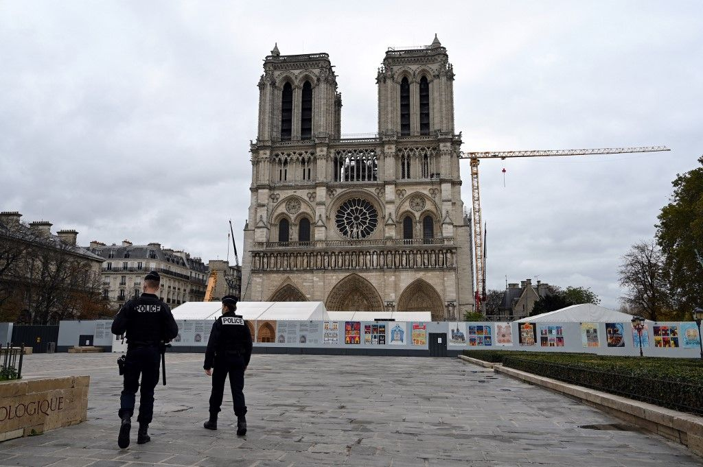 Notre-Dame de Paris cathédrale chantier reconstruction