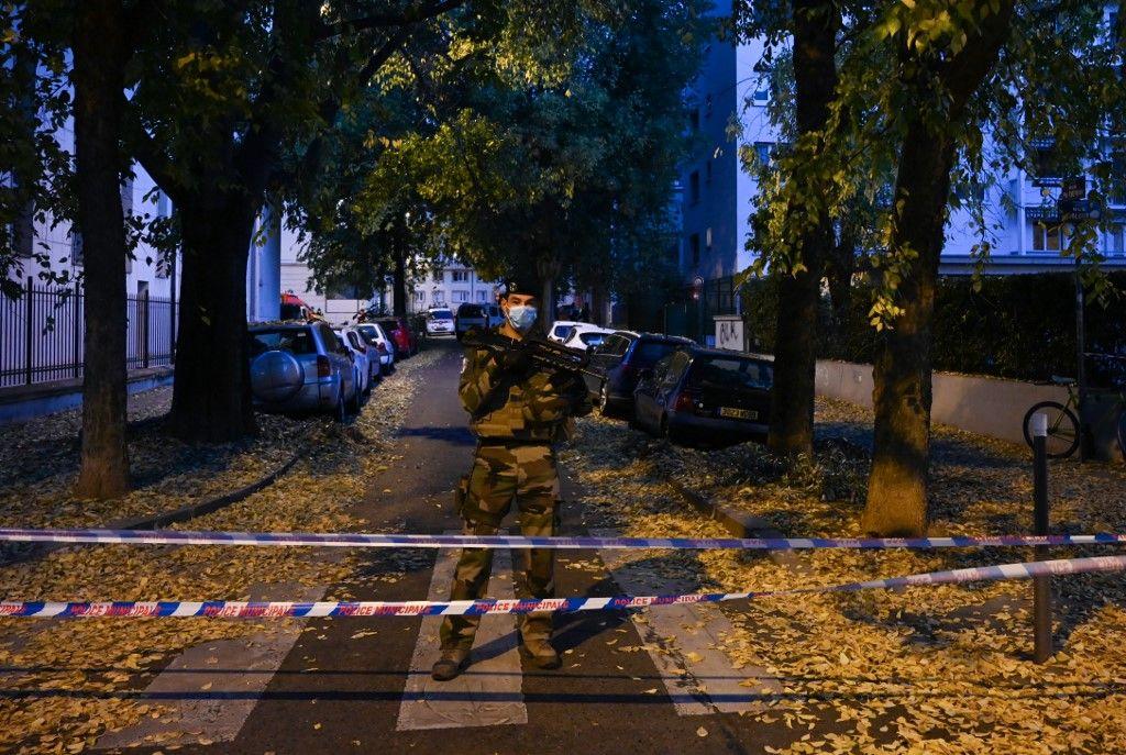 Attaque contre un prêtre à Lyon : un suspect, mari de la maîtresse de la victime, a reconnu les faits