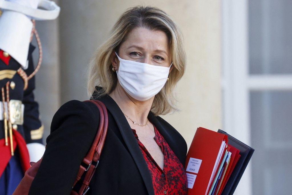La ministre de la Transition écologique, Barbara Pompili, après le Conseil des ministres à l'Elysée, en novembre 2020.