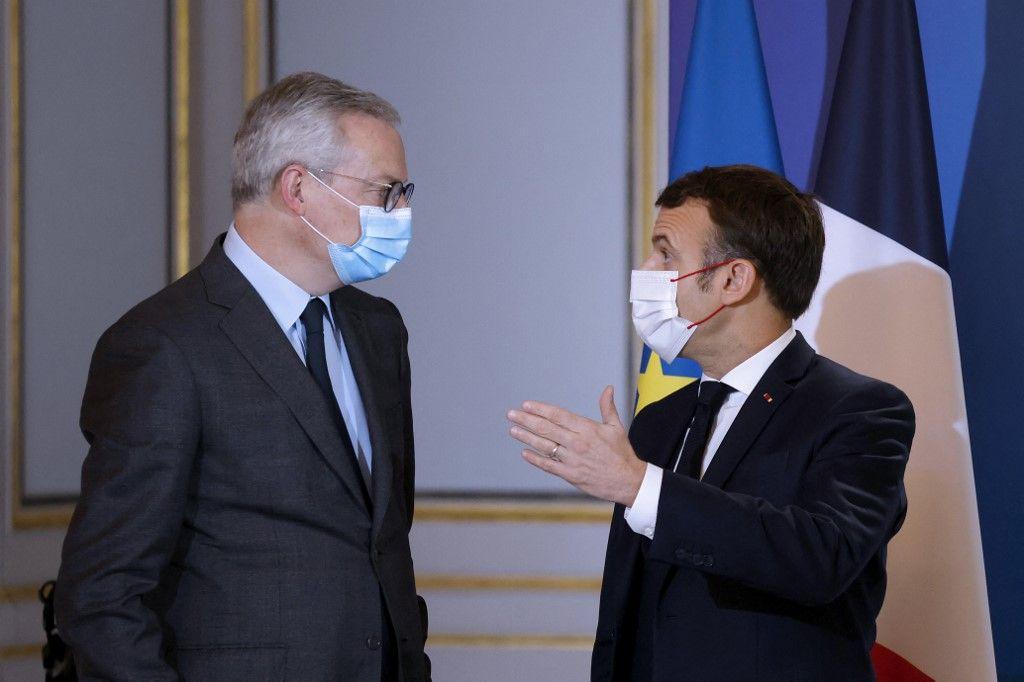 Emmanuel Macron et Bruno Le Maire lors d'une réunion à l'Elysée.