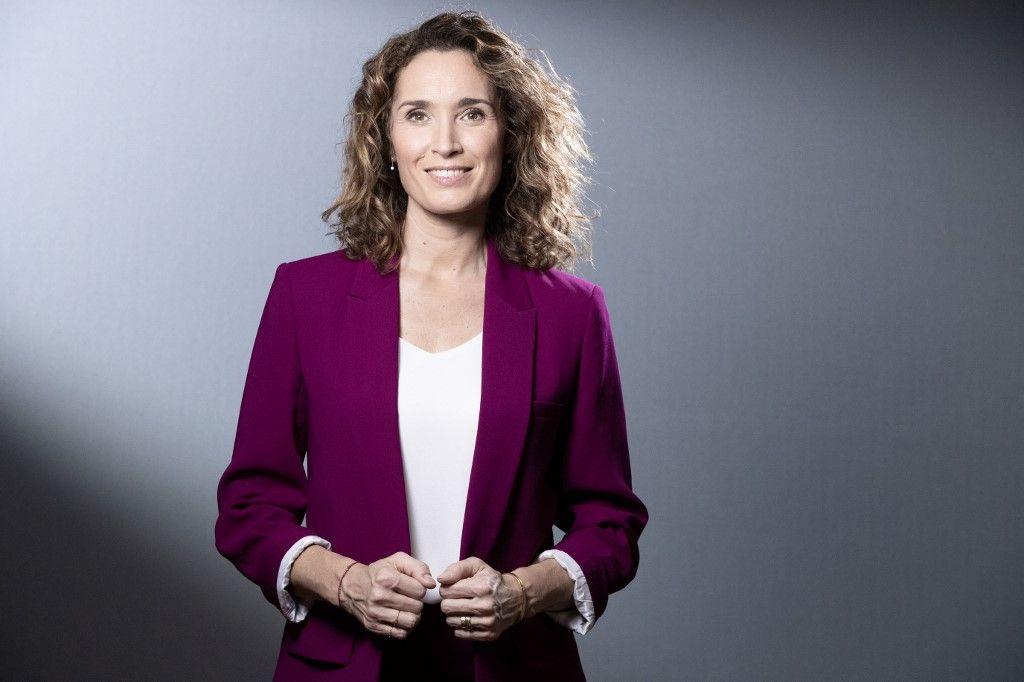 La journaliste française Marie-Sophie Lacarrau lors d'une séance photo le 14 décembre 2020.