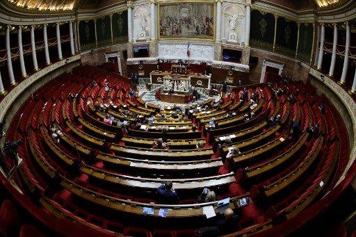 Les députés ont adopté jeudi 3 juin, en commission spéciale, le projet de loi relatif à la bioéthique.