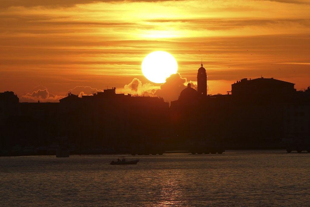 soleil solstice d'hiver temps rythme date heure ciel terre