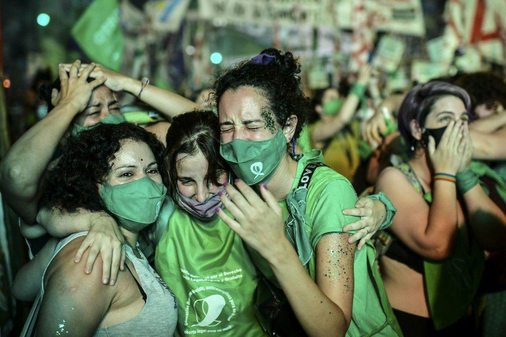 Argentine IVG femmes droits avortement Sénat adoption enfants naissance Sénat congrès