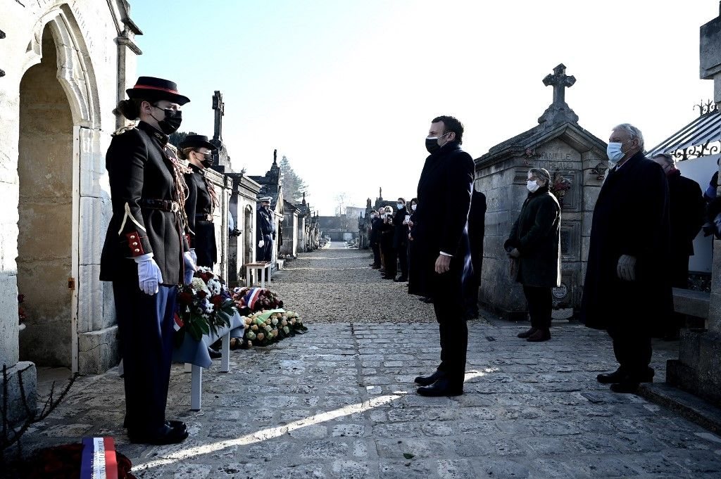 Emmanuel Macron hommage François Mitterrand Jarnac