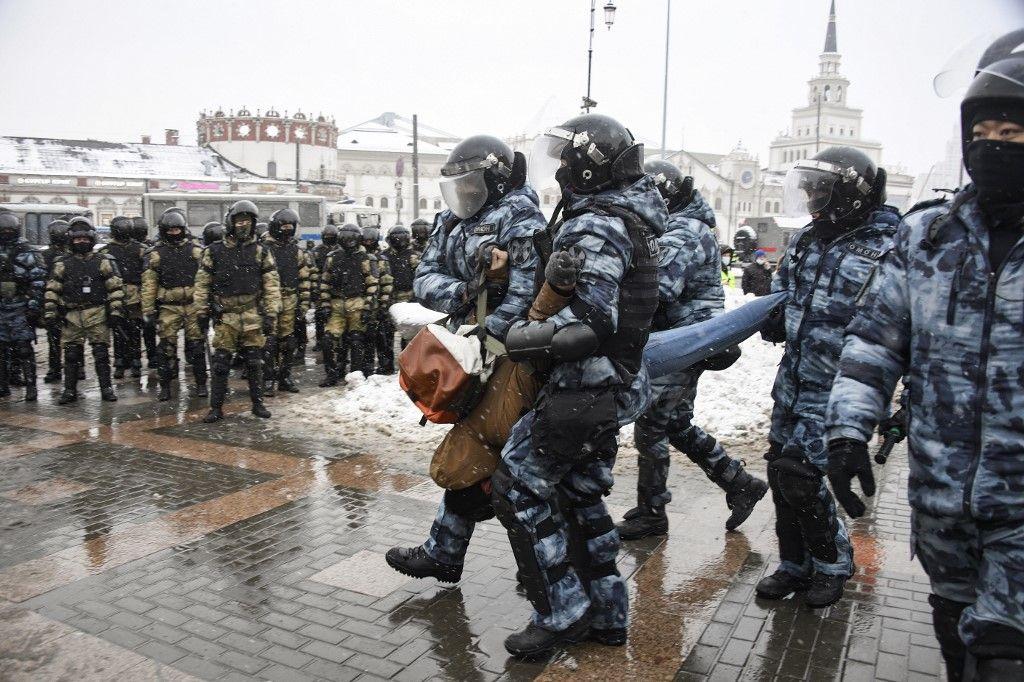 Russie : plus de 2000 manifestants pro-Navalny interpellés