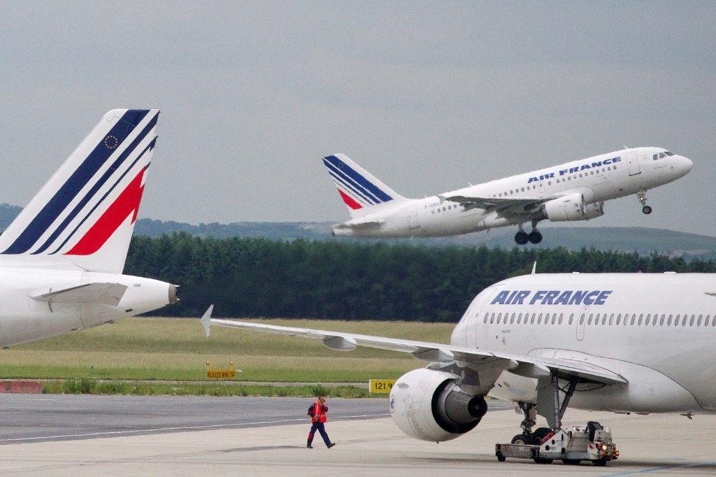 Air France est en grande difficulté financière du fait de l'épidémie de Covid-19.
