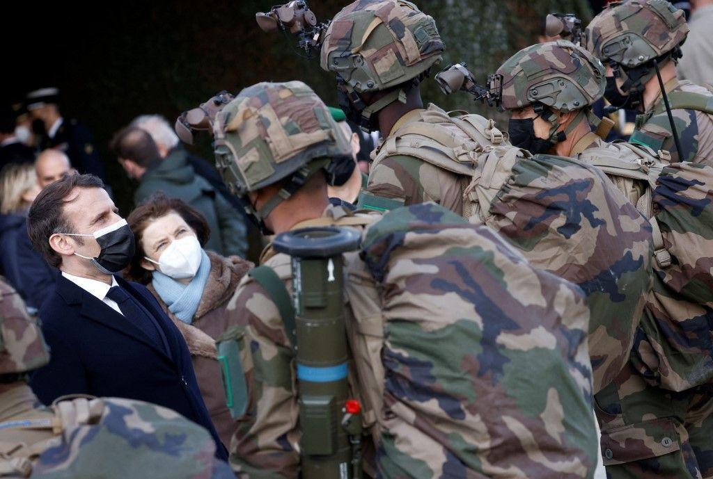 Guerres du futur : la France mise sur l'anticipation de conflits militaires conventionnels, le Royaume-Uni sur la technologie, qui a raison ?