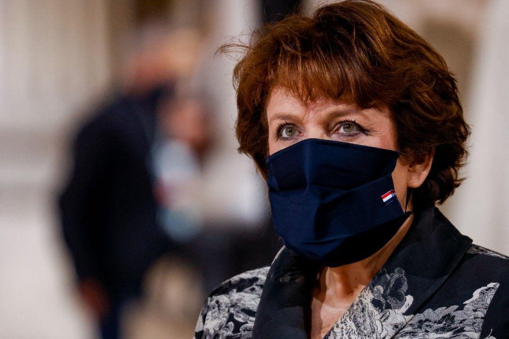 Covid-19: la ministre de la Culture, Roselyne Bachelot, est enfin sortie de l'hôpital.