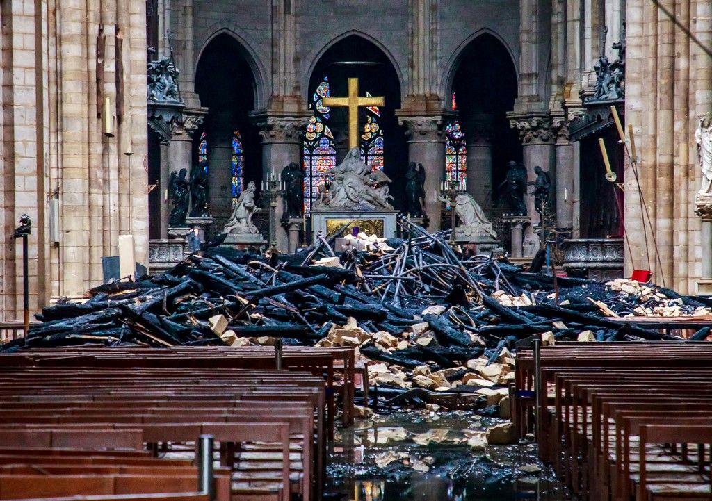Des églises incendiées en France. Pourquoi ce silence?