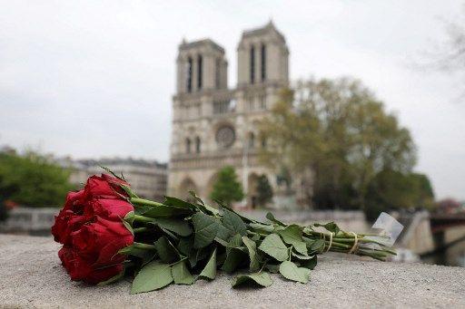 La cathédrale Notre-Dame de Paris est en restauration, deux ans après l'incendie qui a ravagé sa charpente.